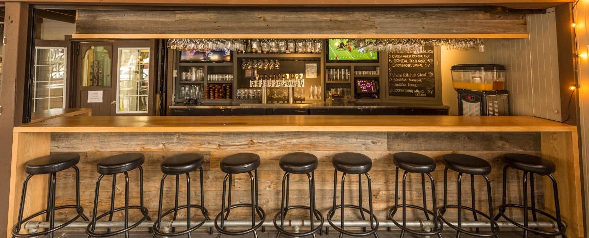 Microbrasserie Charlevoix - Restaurant le Saint-Pub